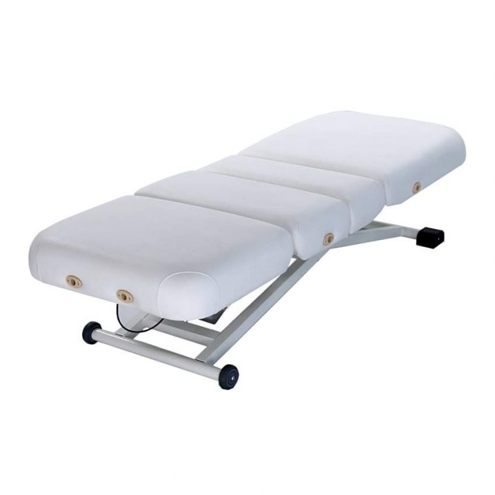 Affinity Diva-Prima Electric Spa Couch in flat horizontal position